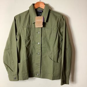 Patagonia NWT stand up Jacket XS Fatigue Green